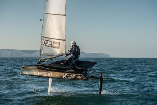 Hannah approaches the White Cliffs of Dover at the end of her Channel crossing. Image courtesy Anthony Cullen