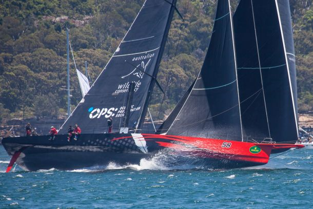 Comanche streaks away from the start of the 2014 Rolex Sydney-Hobart. Photo Cathy Vercoe/luvmyboat.com.