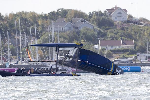 Artemis Racing capsize in Gothenburg. Photo Sander van der Borch.