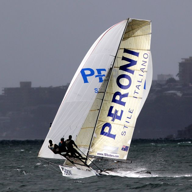 Peroni at speed on the run towards Obelisk. Photo 18 Footers League.