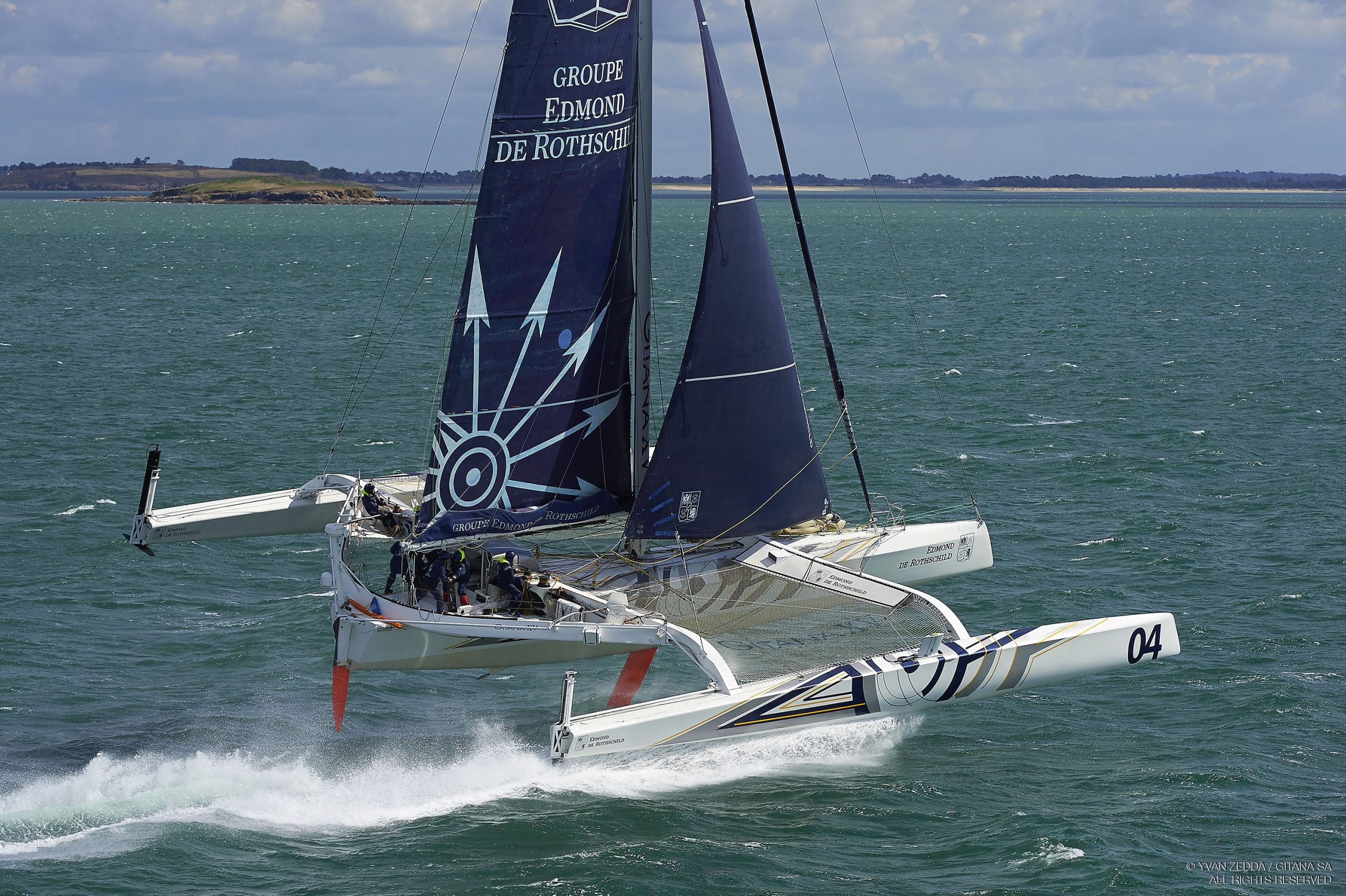 Multi70 Edmond de Rothschild taking flight. Photo Yvan Zedda / GITANA SA.