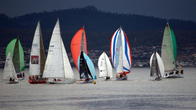 Division 2 fleet rounding the windward mark on the Derwent. Photo Peter Campbell.