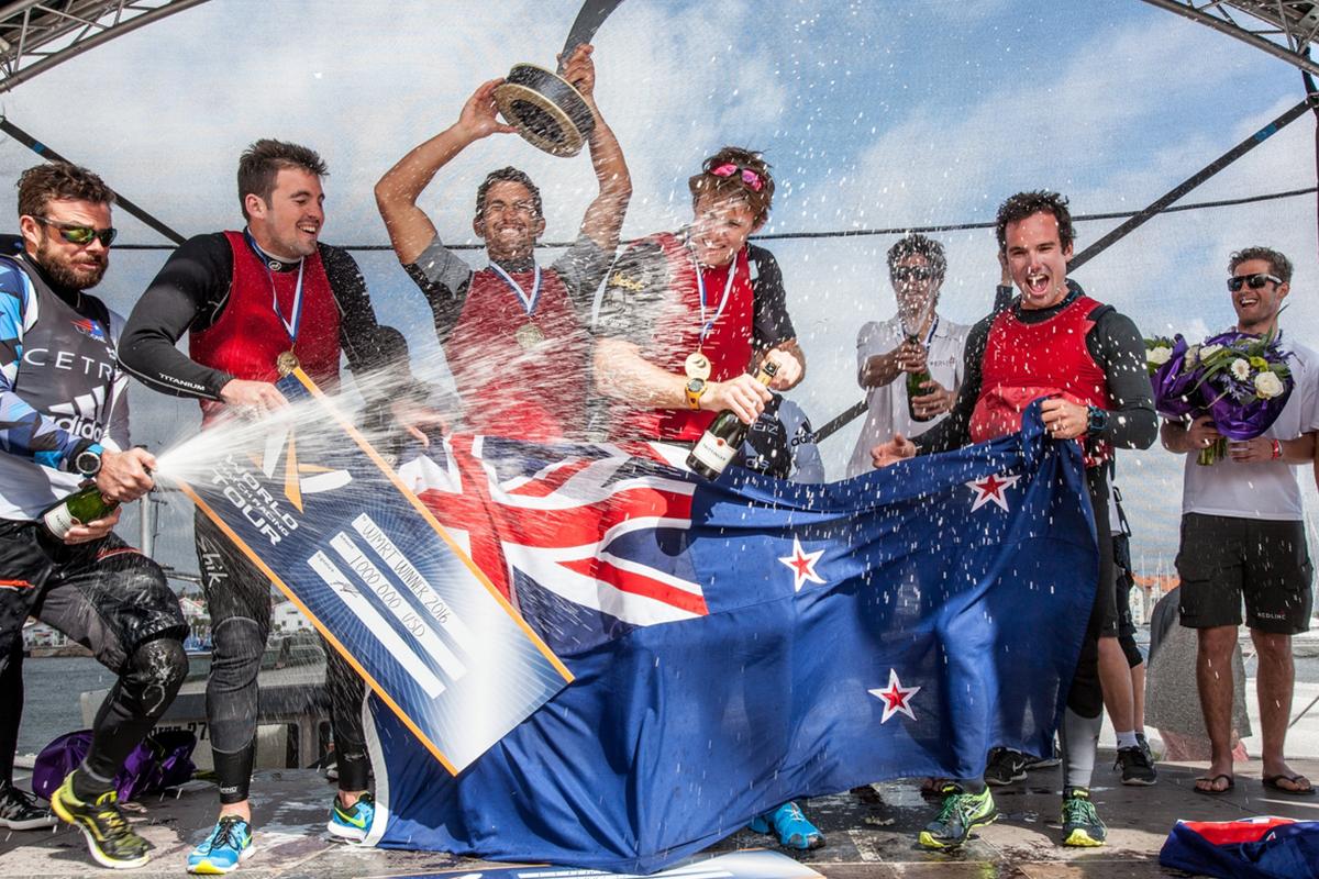 Phil Robertson's team celebrates their million dollar pay day. Photo Ian Roman/WMRT.