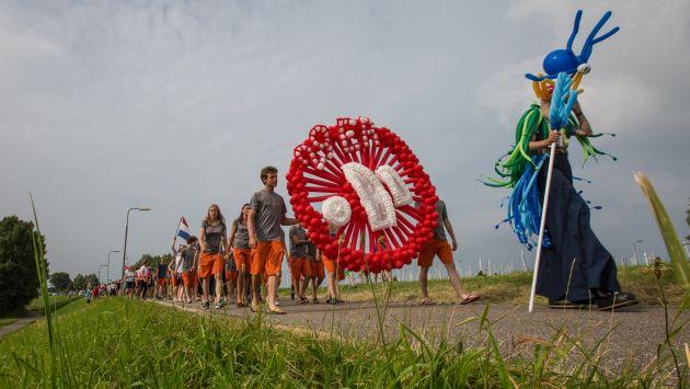 Neptune with the competitors in his wake. Photo Matias Capizzano.