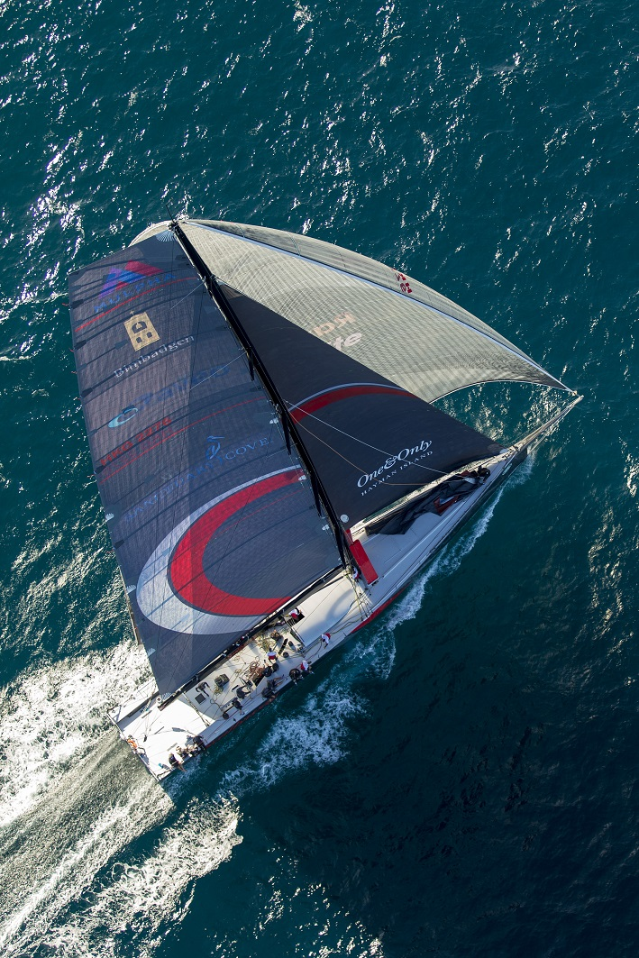Scallywag at the start of the Land Rover Sydney Gold Coast Race. Photo Andrea Francolini.