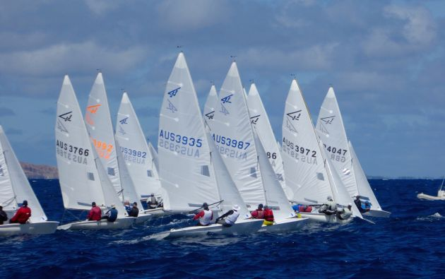 The start of the Flying Fifteen invitational race in Esperance. Photo Jonny Fullerton.