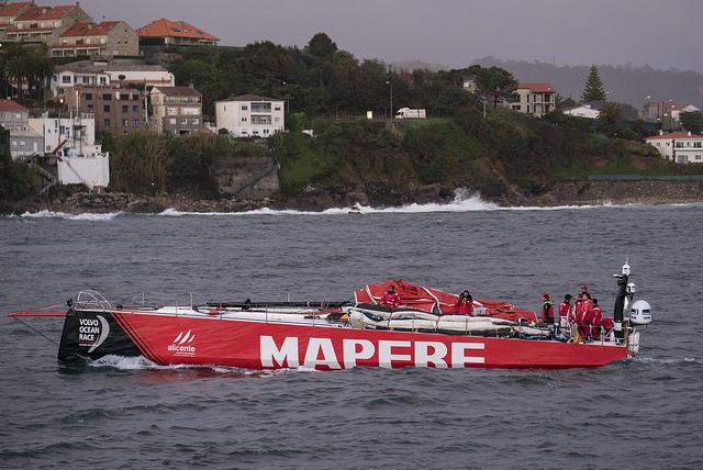 MAPFRE dismasted during training. Photo © Ugo Fonollá.