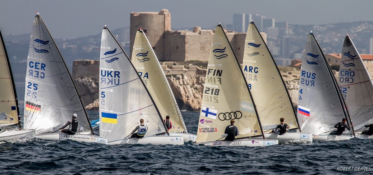 Action-stations-at-the-Finn-Europeans---Robert-Deaves-pic