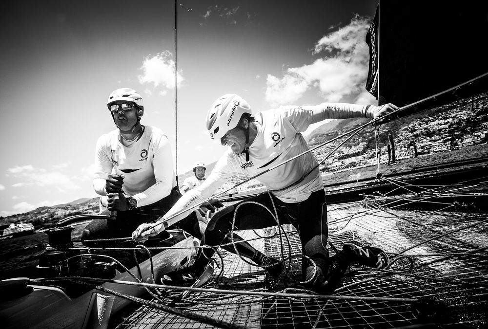 Alinghi-veterans-Nils-Frei-and-Yves-Detrey-push-hard---Lloyd-Images