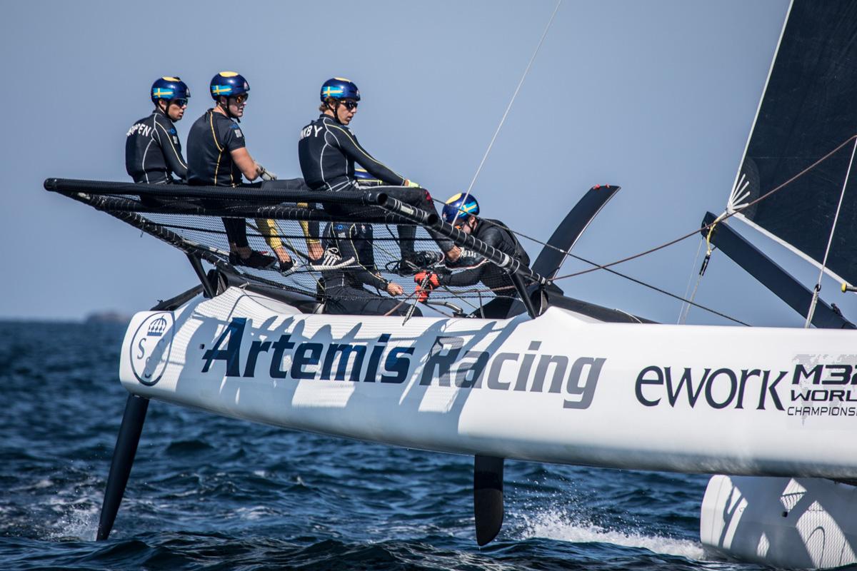 Artemis-Racing-gets-going---Mark-Lloyd-pic