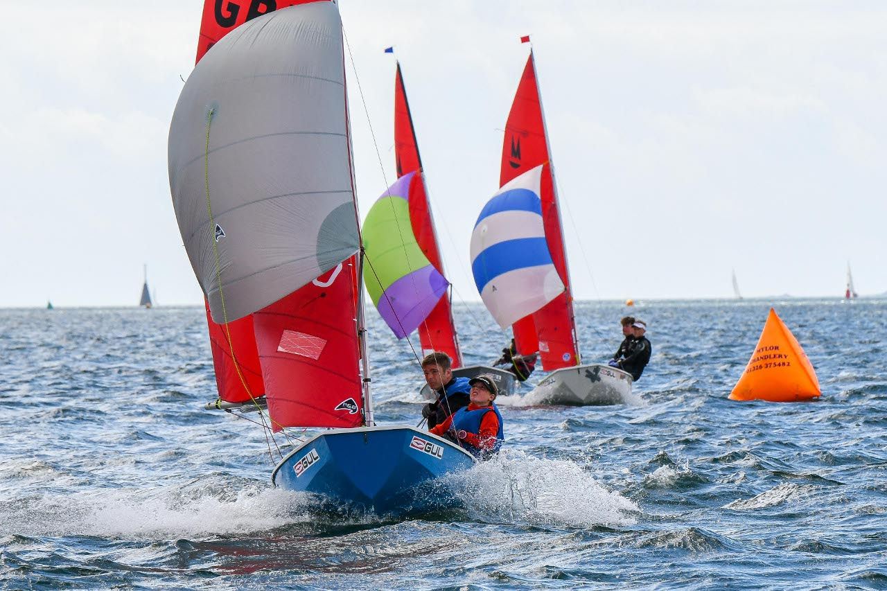 Dave & Imogen Wade on the final reach to win race 12