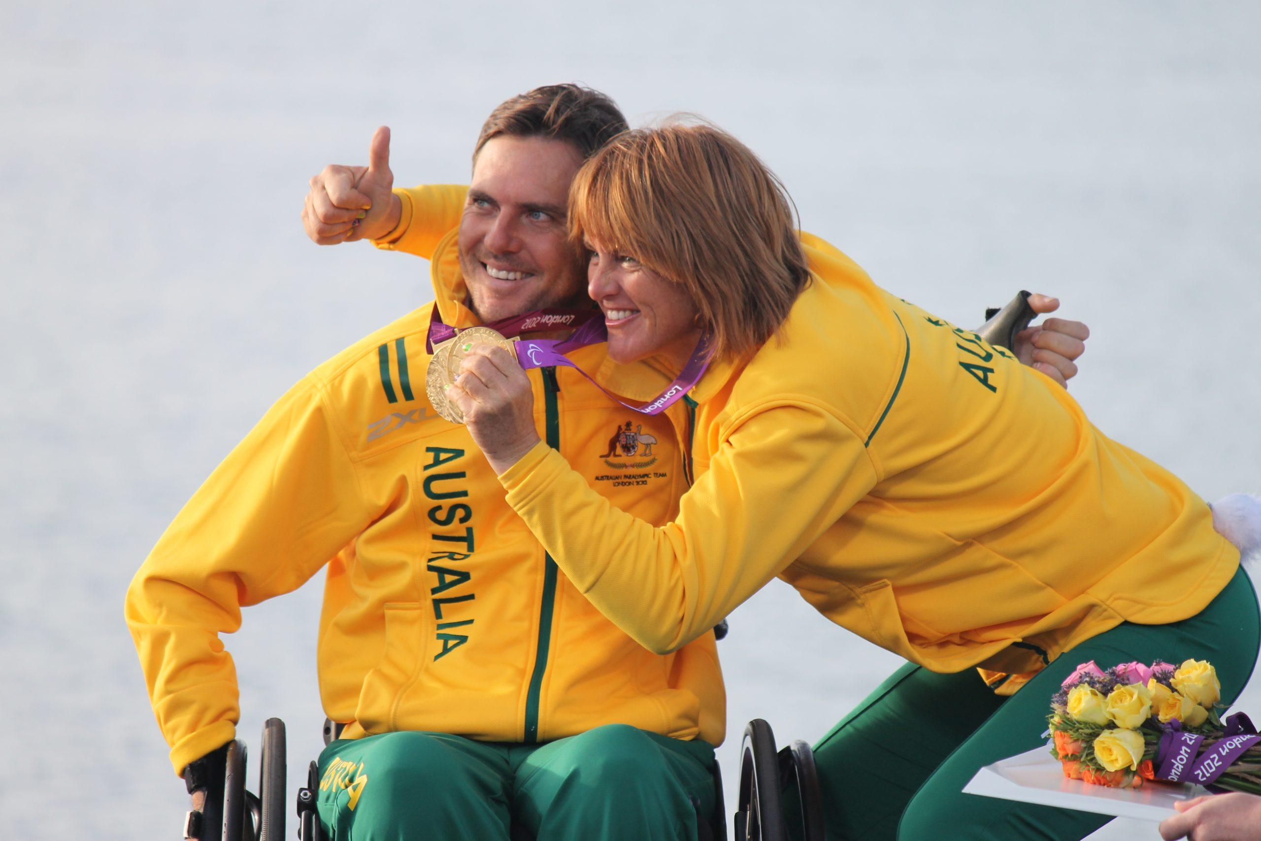 London 2012 Daniel Fitzgibbon & Liesl Tesch after winning gold - Photo onEdition.