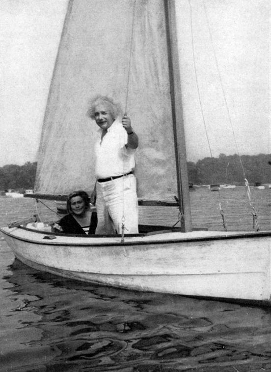 Albert Einstein had a boat called 'Tinef