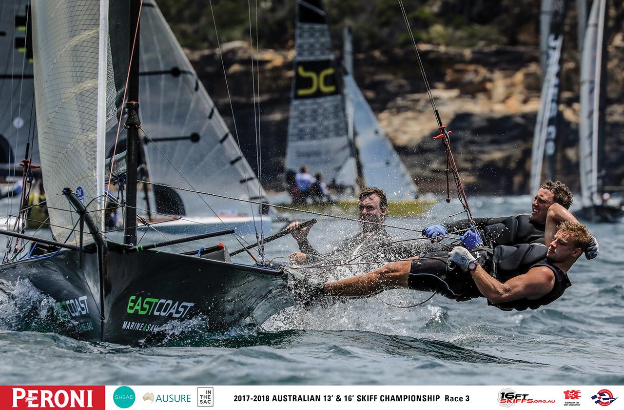 16ft-skiff-crew-works-hard