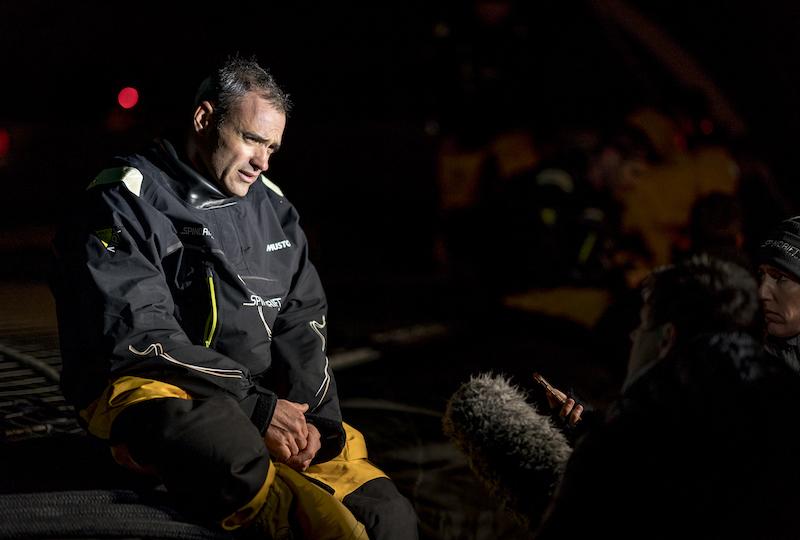 Yann Guichard after the dismasting. Photo © Chris Schmid / Spindrift racing.