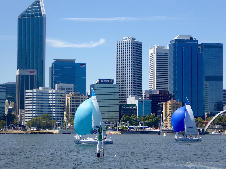 Downwind-against-Perth-skyline-----Rick-Steuart-pic