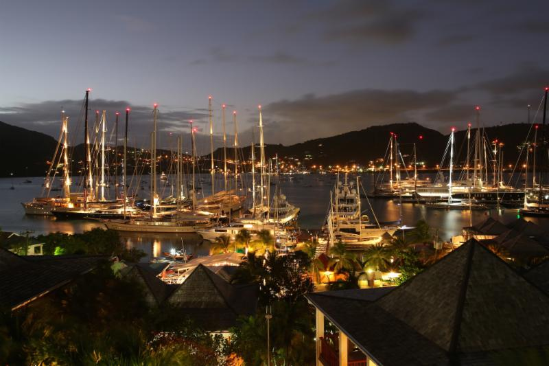 The-fleet-will-gather-in-Antigua-for-the-2018-RORC-Caribbean-600---Tim-Wright/RORC-pic