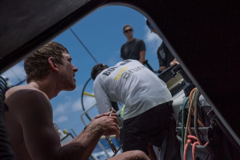 Peter-Burling-readies-for-a-sail-change-on-Brunel---Yann-Riou/VOR-pic