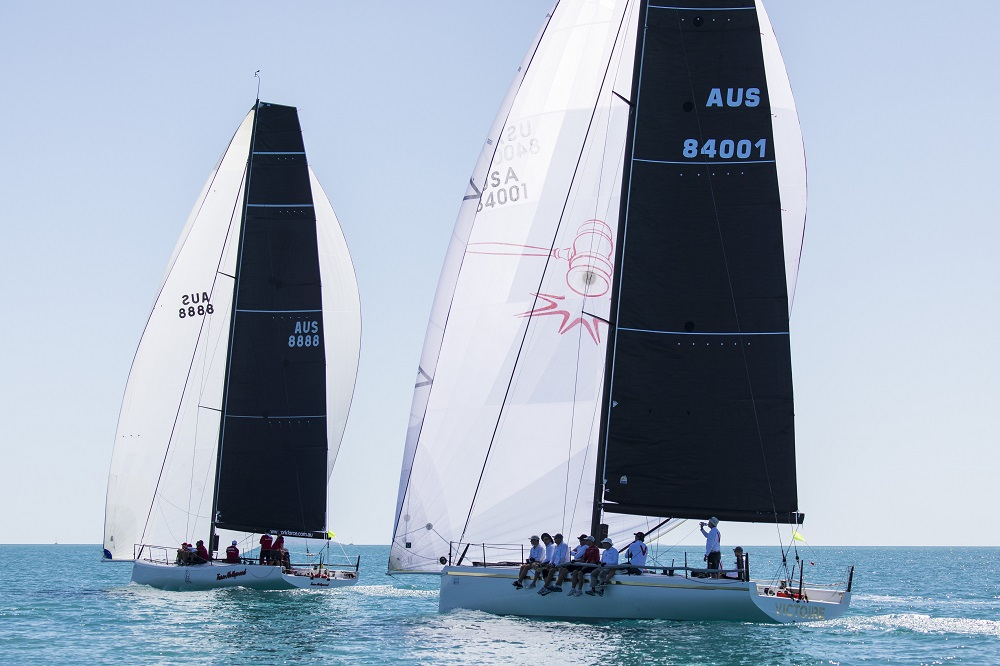 40 versus 40 - Team Hollywood and Victoire - Andrea Francolini pic