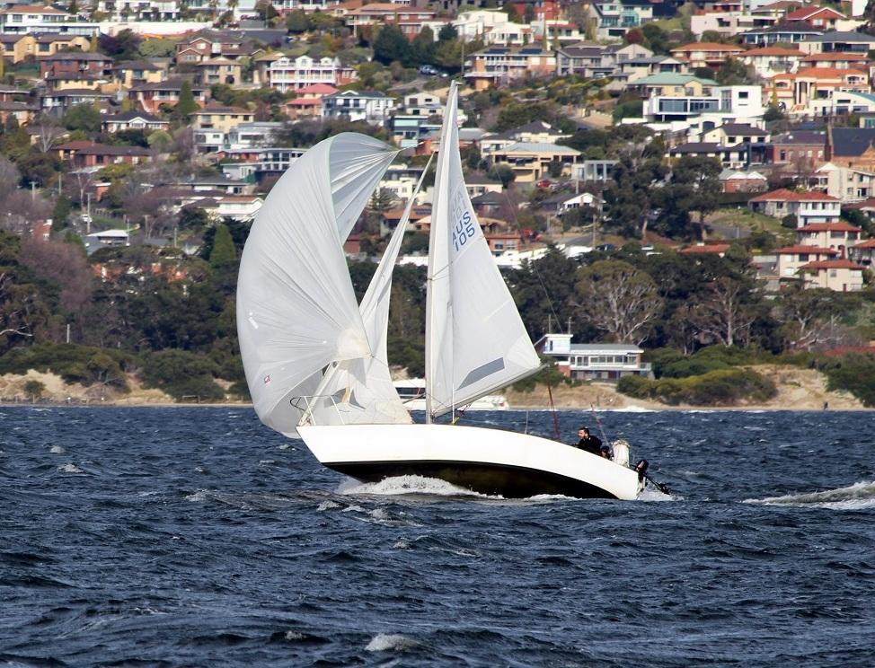 Smallest boat racing today was J24 Zest