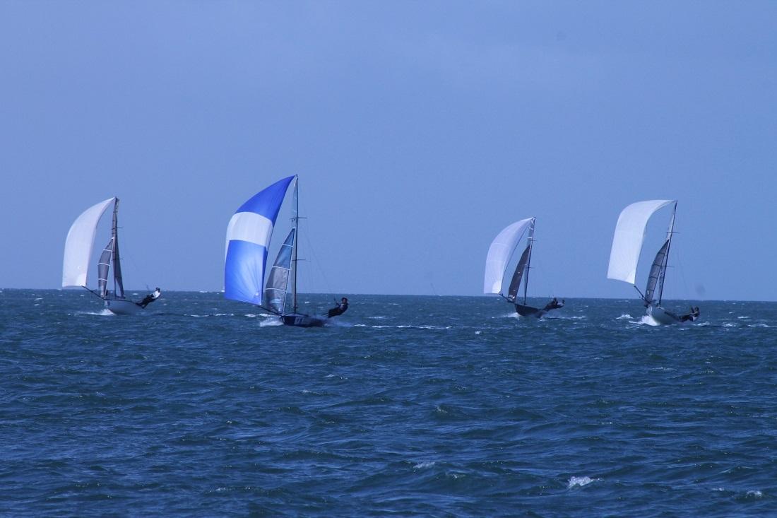 12s-downwind---John-Williams-pic