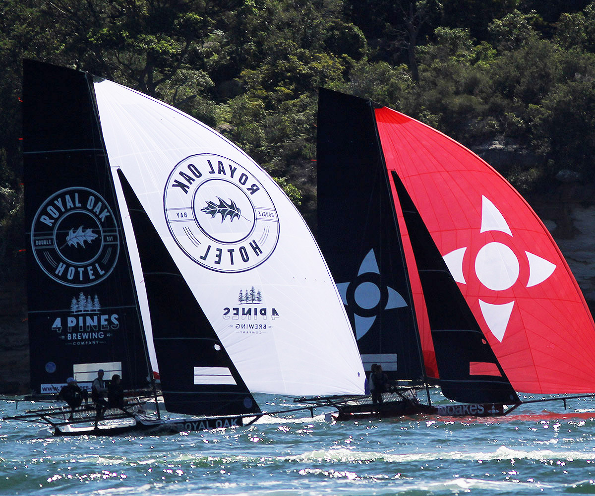 The Oak Double Bay-4 Pines and Noakesailing were well placed in both races. Photo Michael Chittenden.