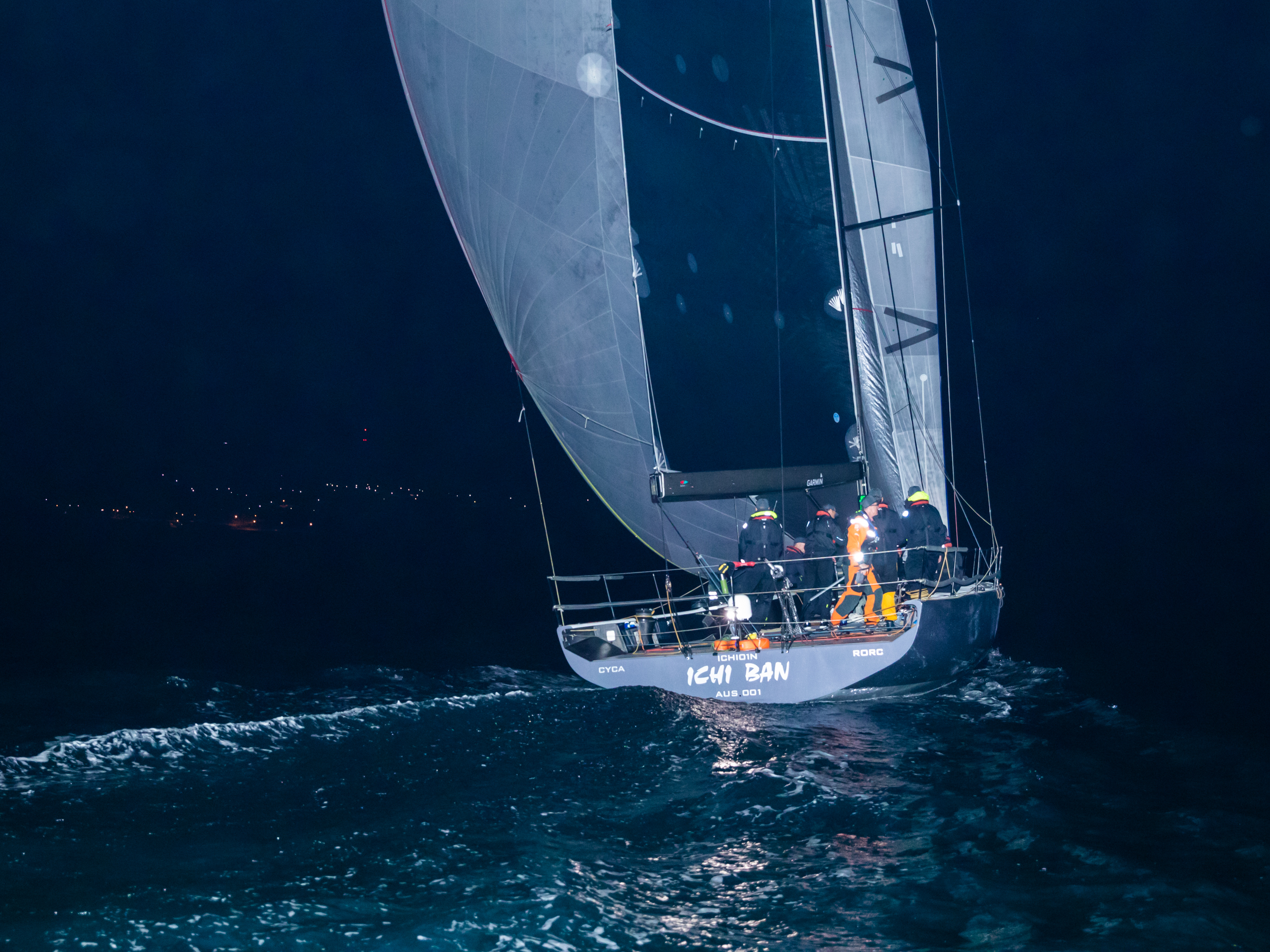 Ichi Ban sails into Port Lincoln in the dead of night - Take 2 pic