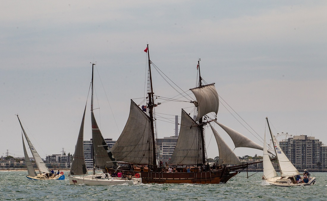 A Tall Ship on the course-cost-some-competitors-dearly - Bruno Cocozza pic