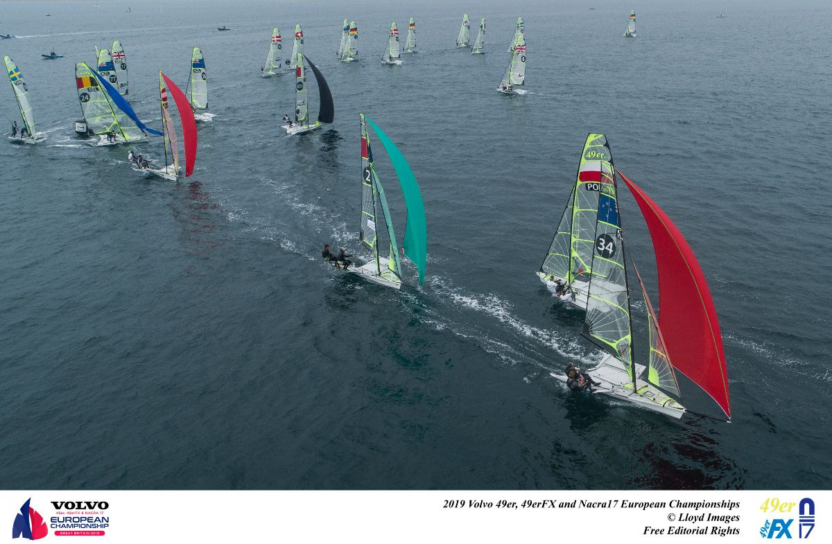 49er-Gold-fleet---Lloyd-Images