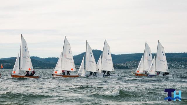 Schools Team Racing. Photo Thomas Hodge Media.