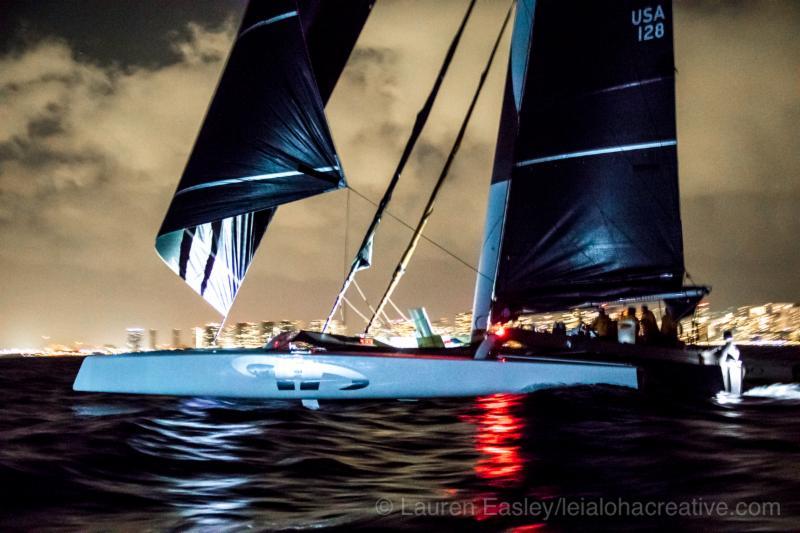 Argo-crosses-the-finish-line---Lauren-Easely-pic