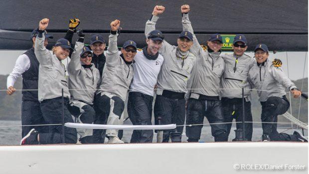 RSYS crew celebrates the win. Photo NYYC.