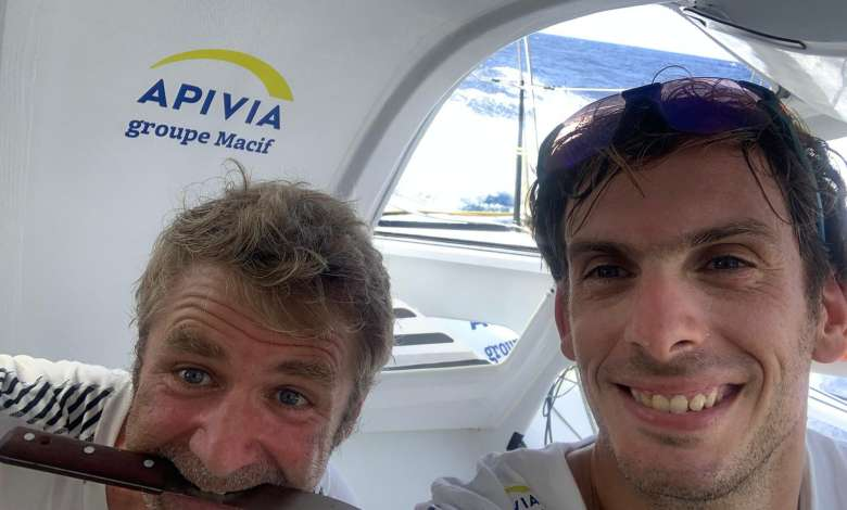 Happy faces on Apivia