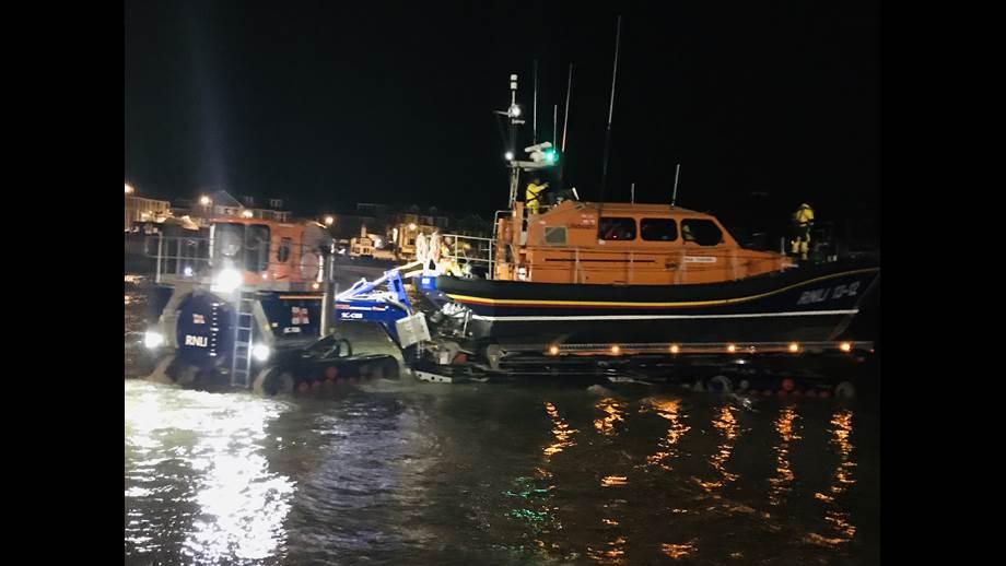 St Ives Lifeboat launching. RNLI/Niki Brooks.