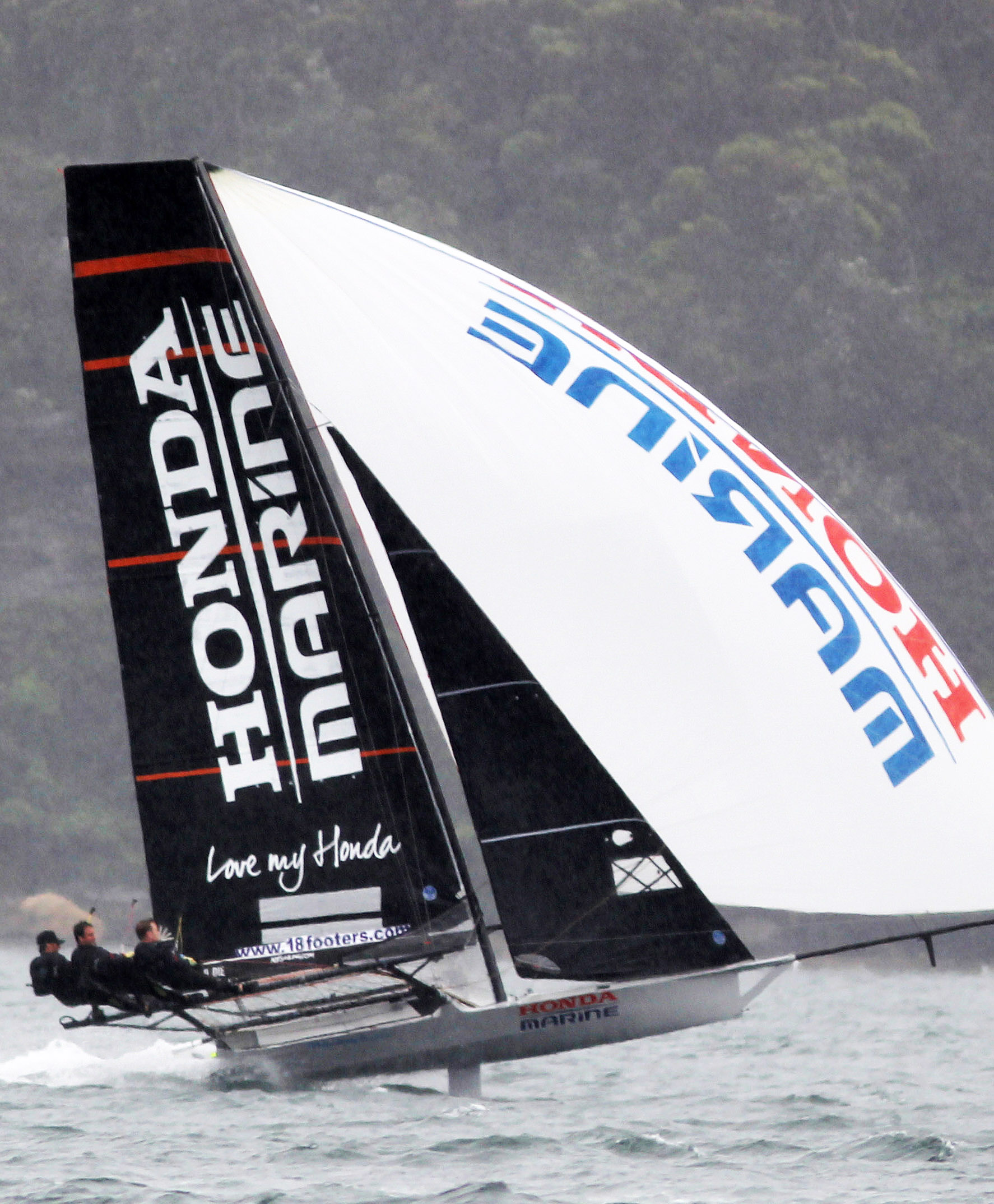 Defending champion Honda Marine scored-a-come-from-behind-win