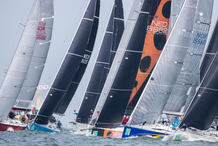 Close racing in Class B at the 2018 Hague Offshore Worlds © Sander van der Borch.
