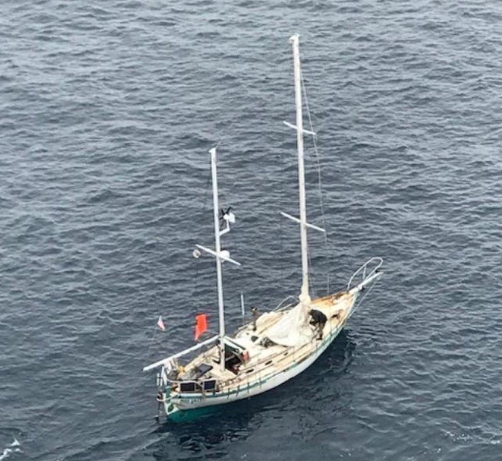 Sailing vessel Miss Lilly. Photo US Coast Guard District 17.