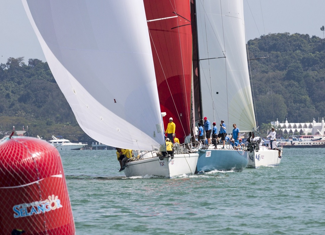 Tight racing in the Premier Cruising division - Guy Nowell pic