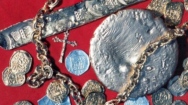 Replicas of the Nuestra Senora de Atocha treasure haul (Edward Perry IV / McLarty Treasure Museum)