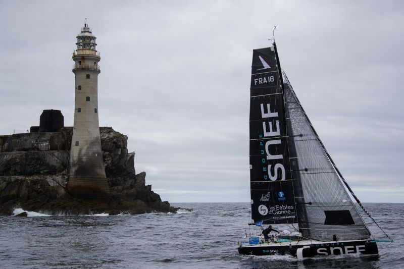 Xavier Macaire (Groupe Snef) on passage to Fastnet during the first leg of La Solitaire du Figaro. © Alexis Courcoux.
