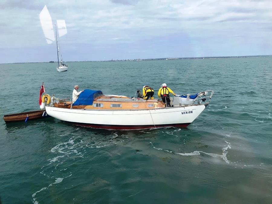 Dismasted yacht. Photo Bryan Jones/RNLI.