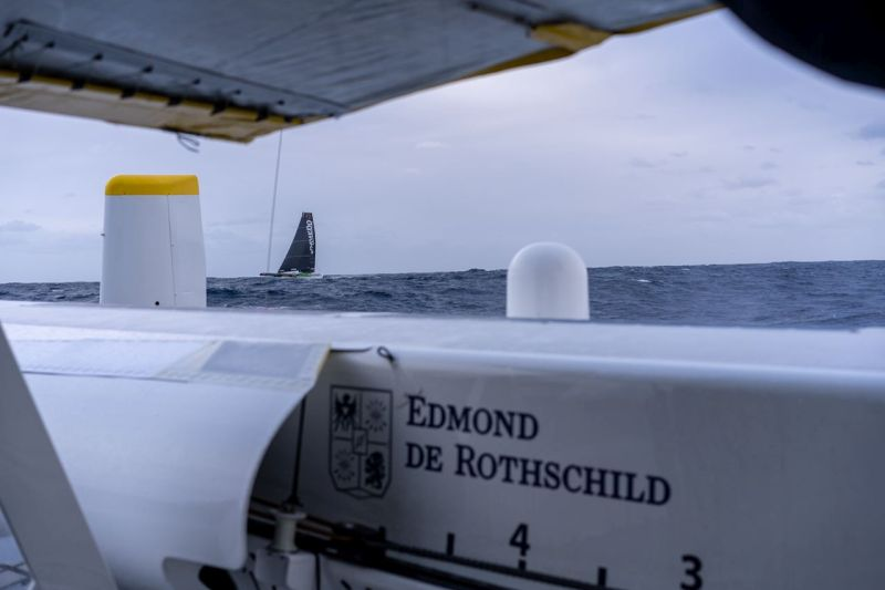 The two maxis in sight of each other. Photo © Y.Riou / polaRYSE / GITANA S.A.