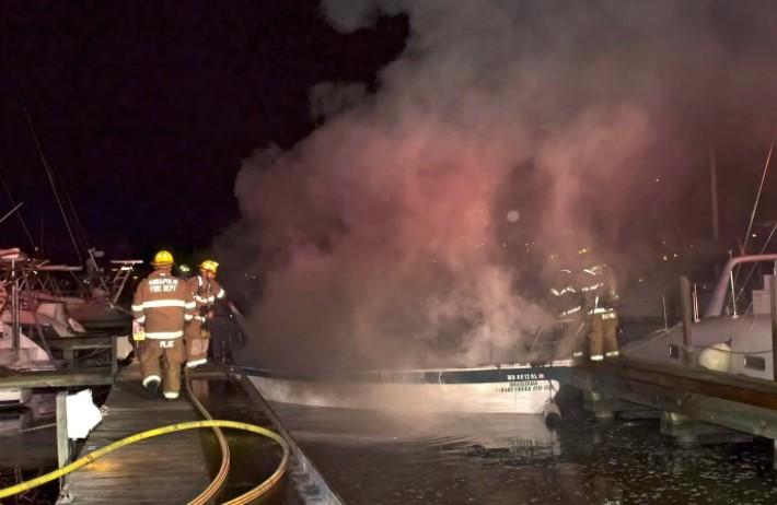 A 25-foot sailboat burns at an Eastport marina. Photo: Annapolis Fire Dept./ Twitter.