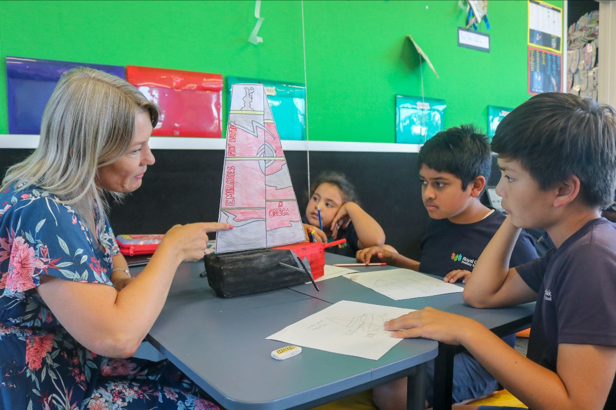 Pupils at Royal Oak Primary School discuss designing their own boat. Photo: Yachting New Zealand.