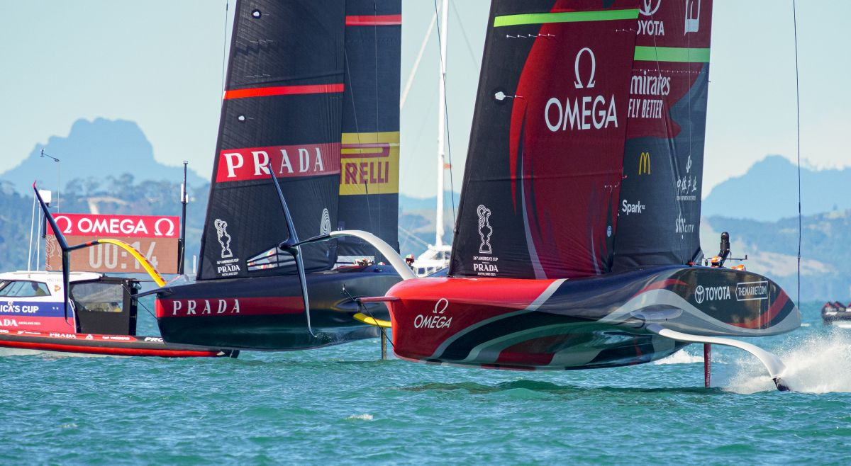 ETNZ and Prada drag race to the start line on Day Two. Photo ACE/Studio Borlenghi.