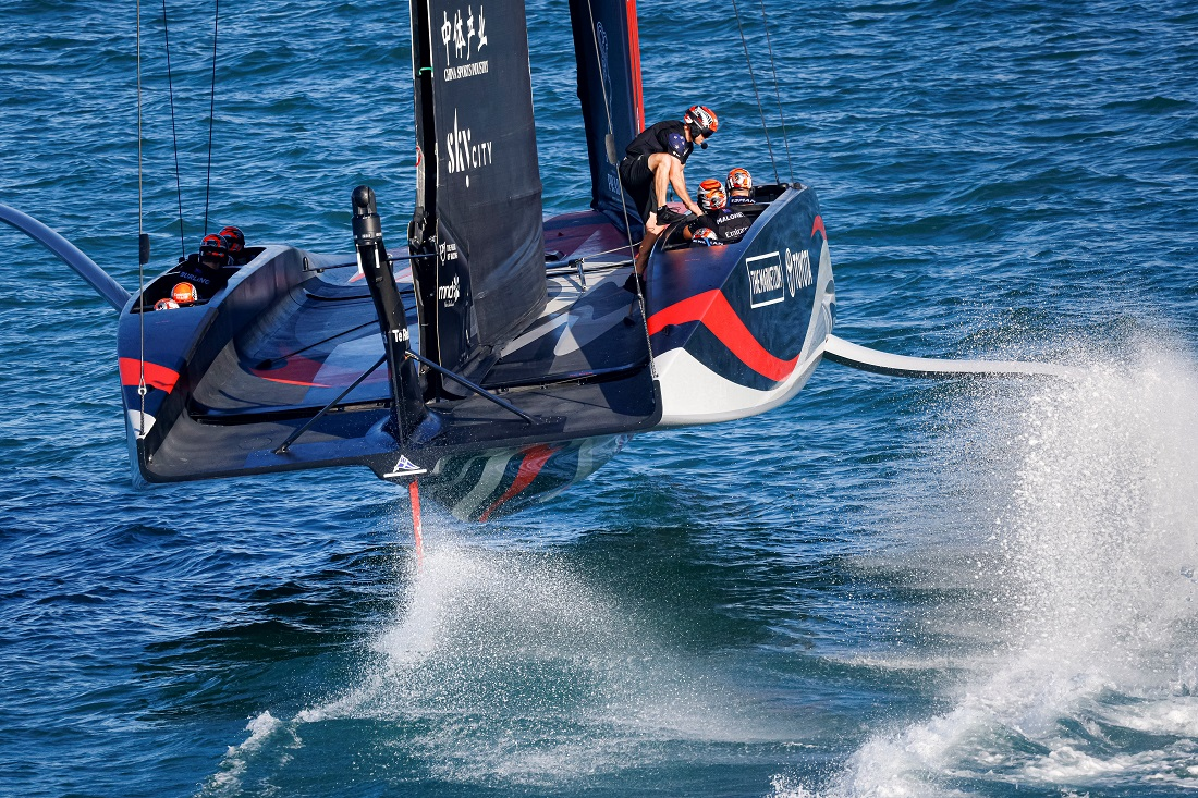 Emirates-Team-New Zealand flying on her foils - ETNZ pic