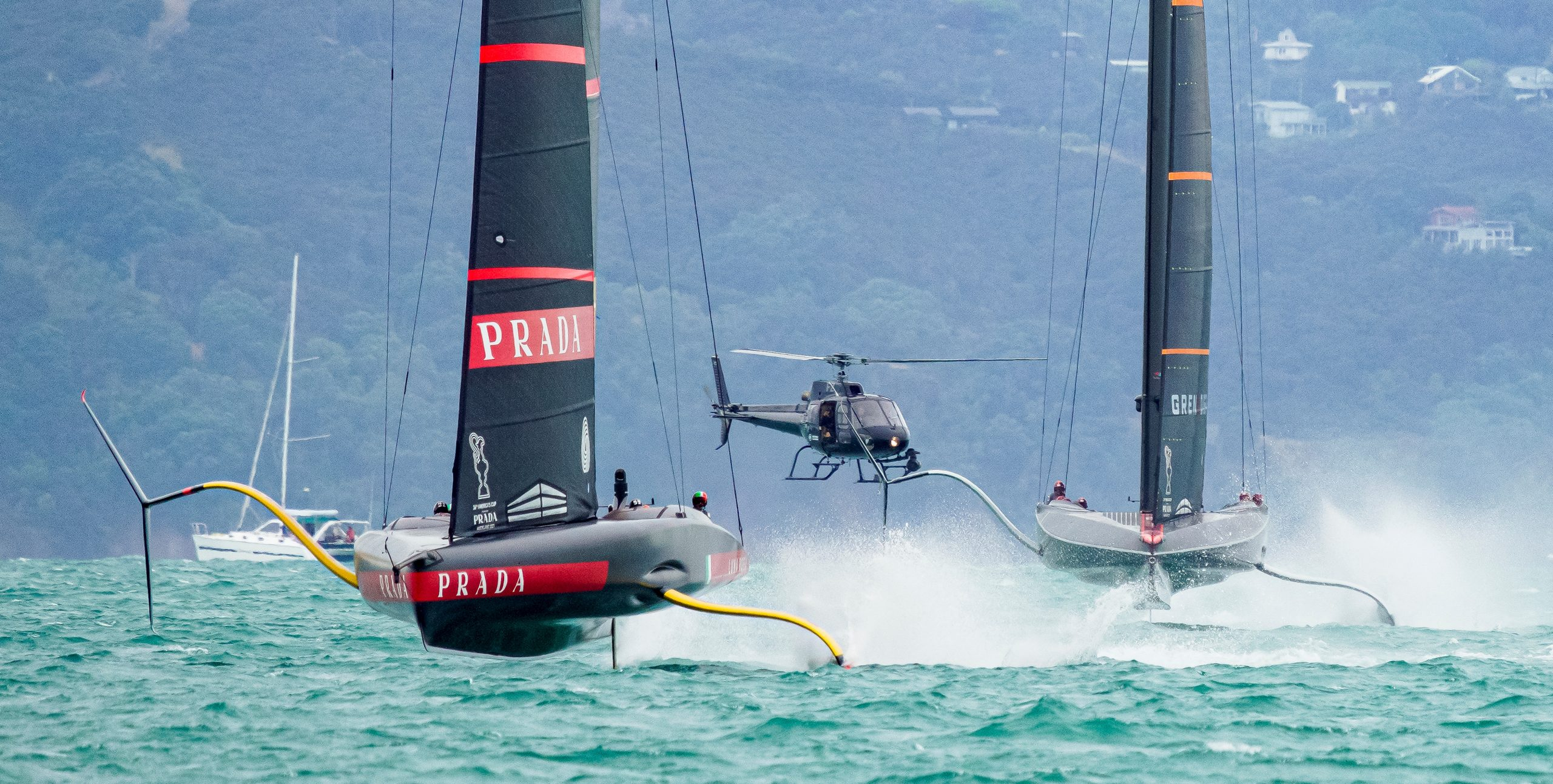 Ouch - four: zip. Luna Rossa coming up roses