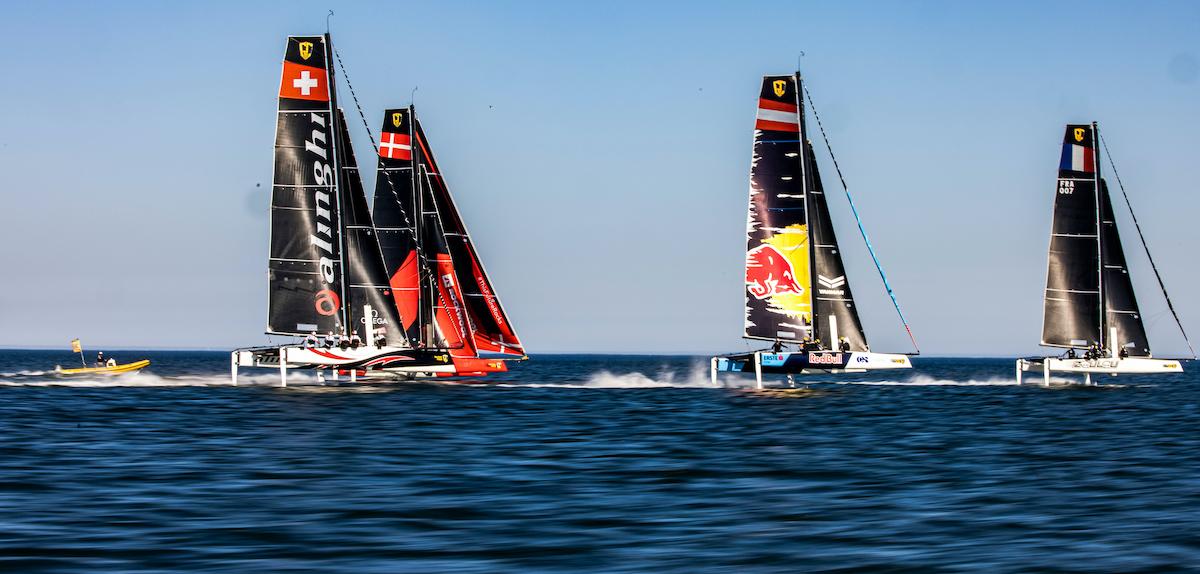 The fleet racing