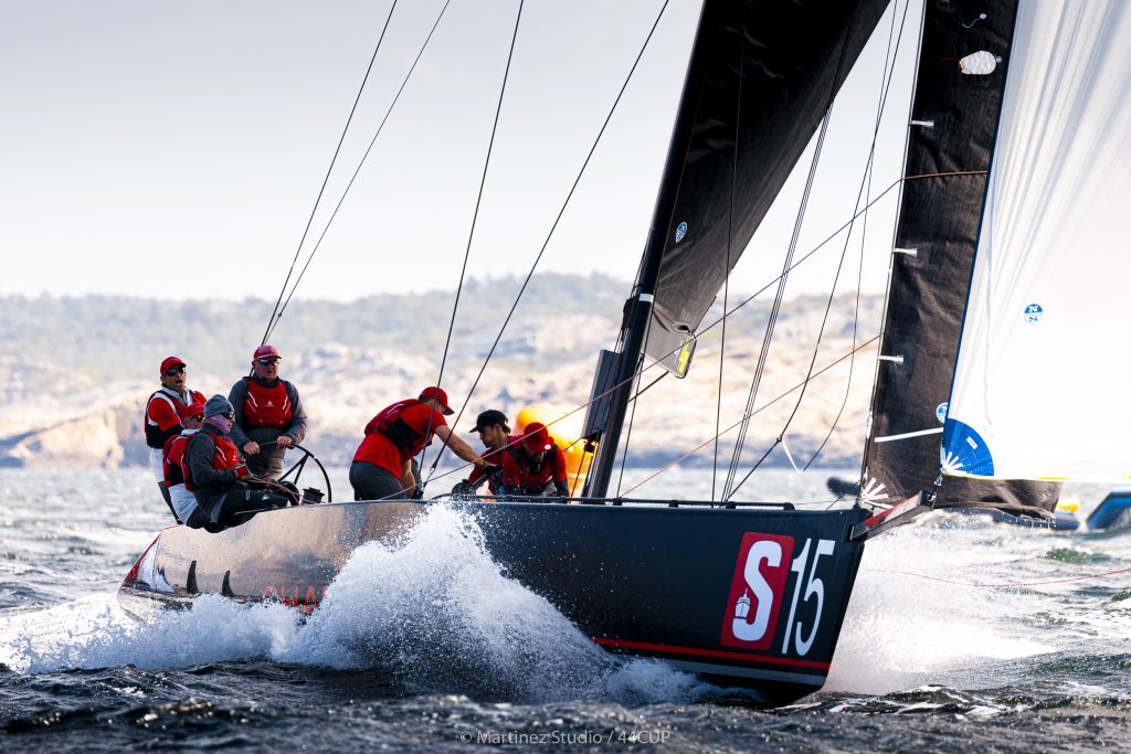 Fast racing in strong winds