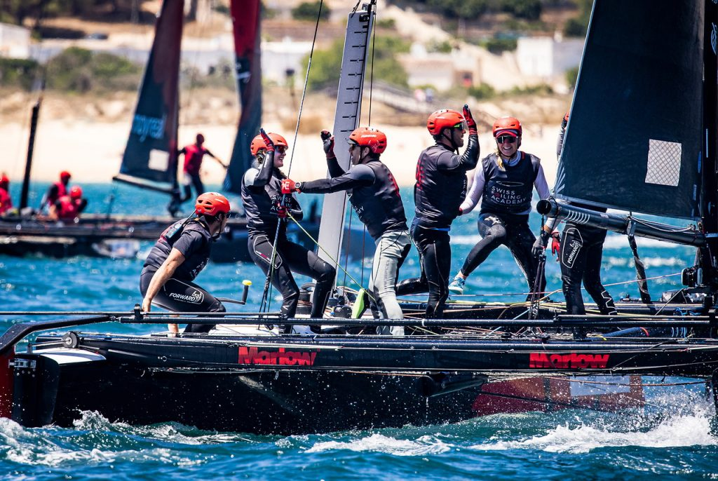 Swiss foiling academy celebrating their positive results